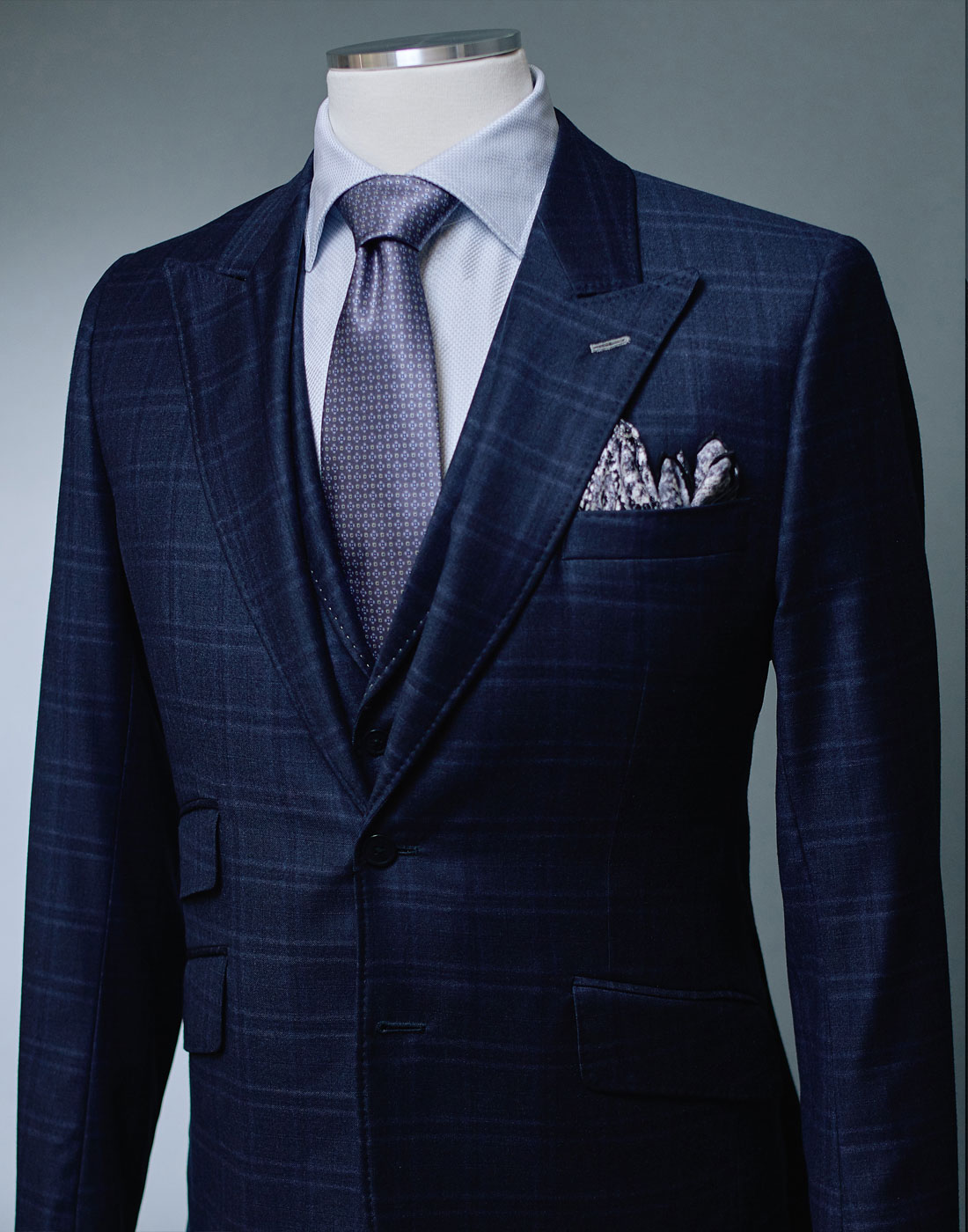 Men's bespoke plaid suit jacket