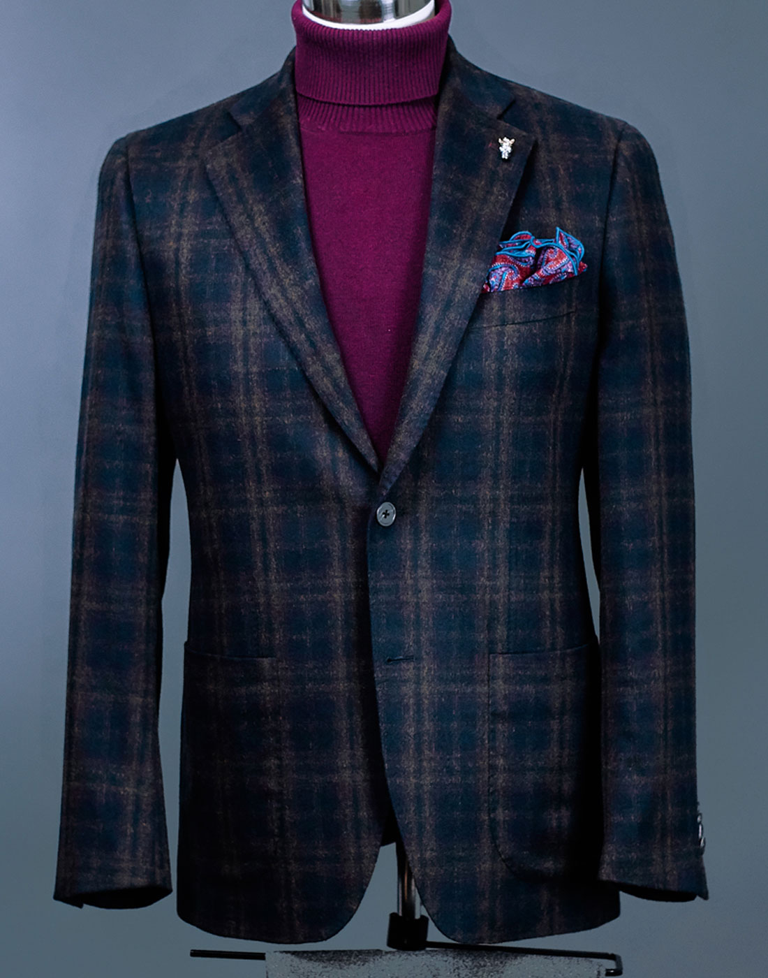 Men's bespoke suit jacket slider 4